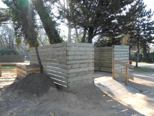 f vrier construction d 39 un local poubelles qui desservira la pin de et la peupleraie camping. Black Bedroom Furniture Sets. Home Design Ideas