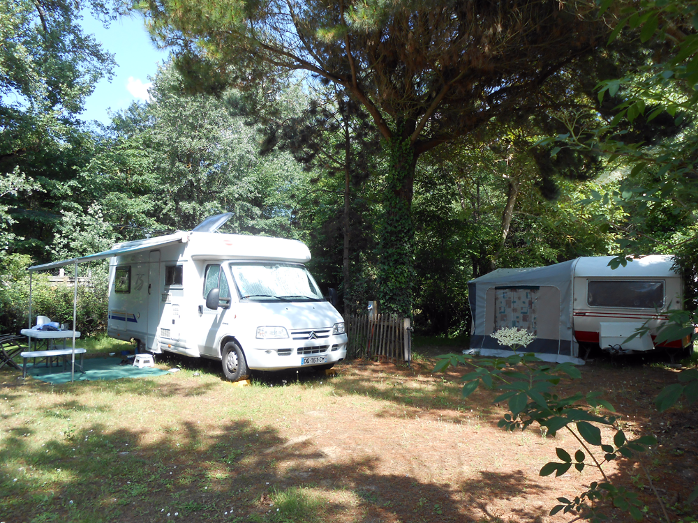 Emplacement  caravane et camping-car