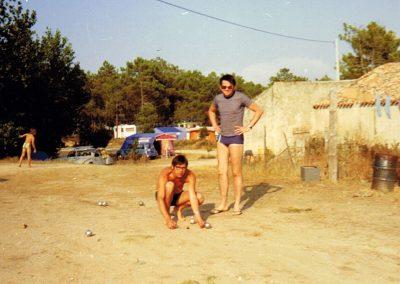 partie de pétanque dans les années 70